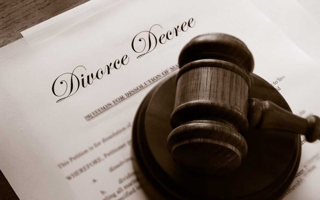 photodune-9033015-divorce-duo-l-1080x675
